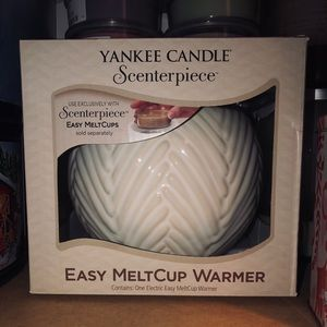 Yankee candle melt cup warmer and scents combo
